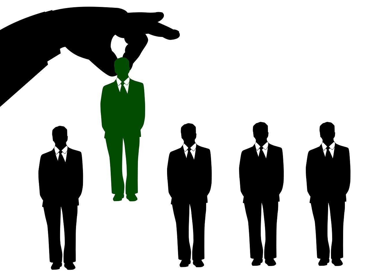 Quien gana - El mejor cv es Linkedin - Consultor y Formador Linkedin - Jose Manuel Lodeiro - Experto